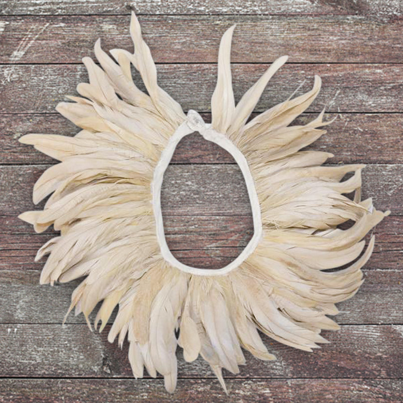 Feather Collar Necklace Cream