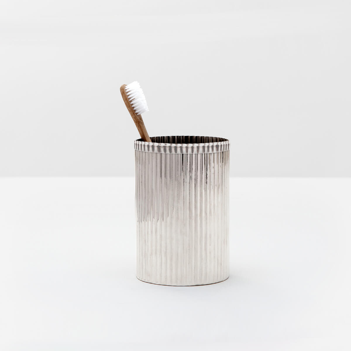 Redon Brush Holder