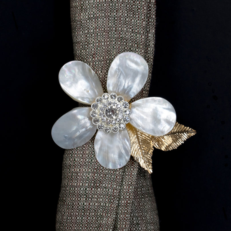 Holiday Flower Napkin Ring