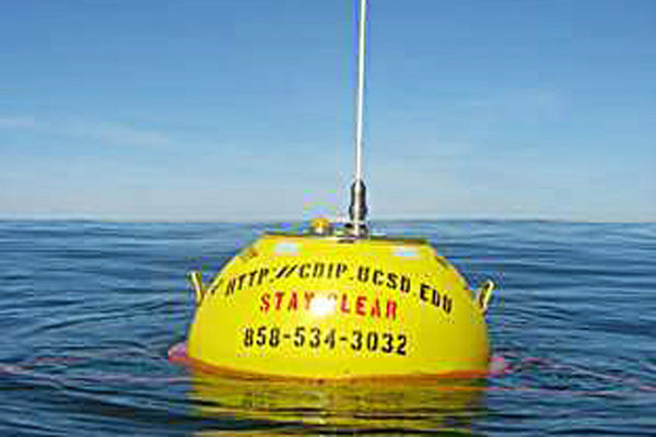New Wave Monitoring Buoy in the Straits of Florida