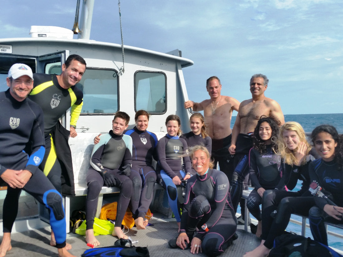 Group of young divers and a few great Captain's Corner instructors. Photo: Capt. Mac