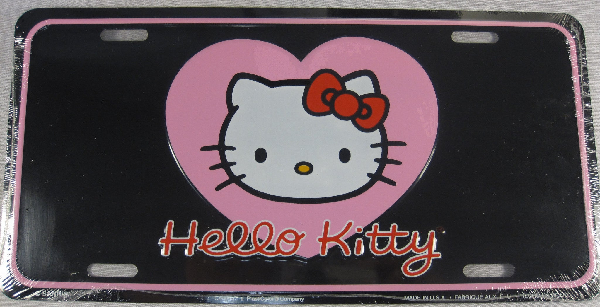 HELLO KITTY Pink Heart Aluminum Embossed License Plate