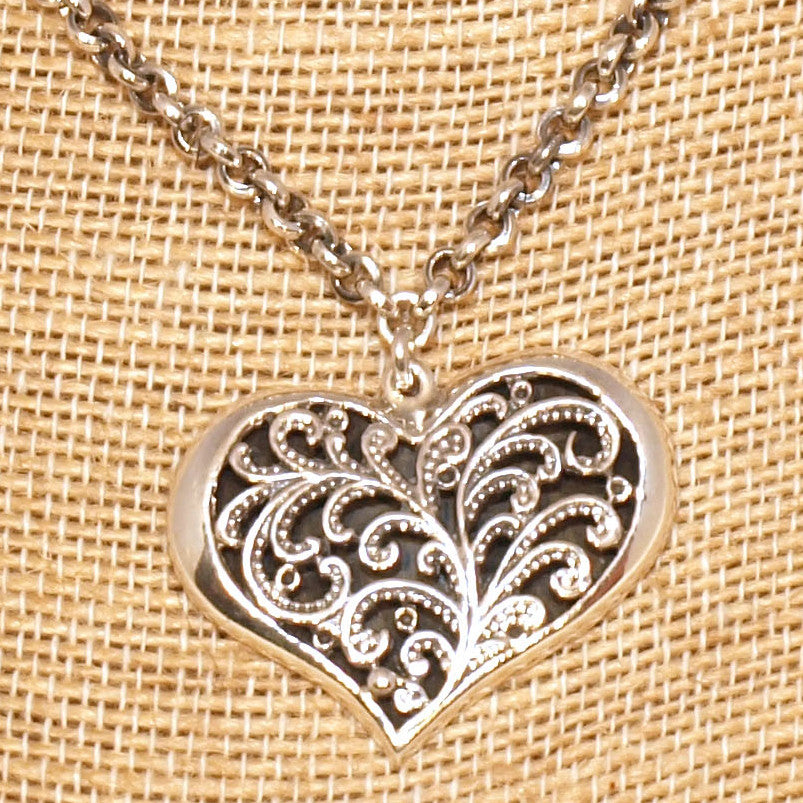 Sarah enchanted heart necklace, silver with black onyx