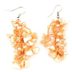 Diane earrings hand crocheted, peach mother of pearl