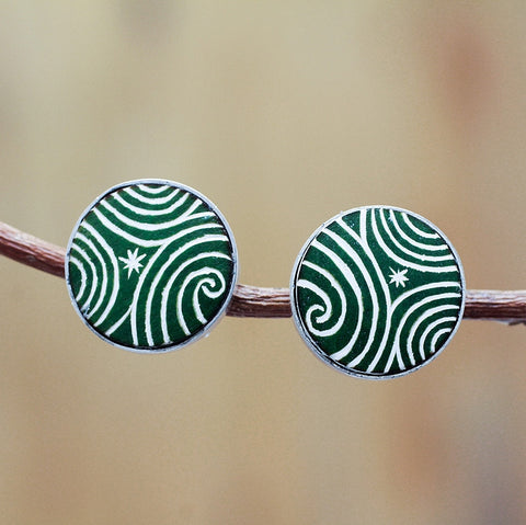 Mariana carved gourd earring green - Andean Hands