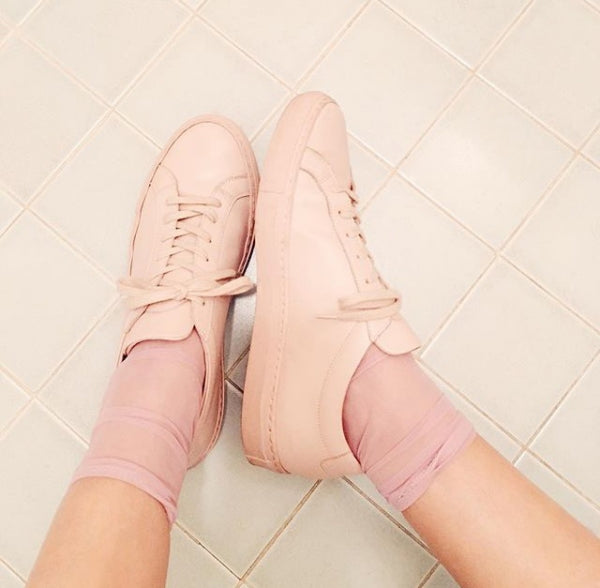 Darner pink mesh socks perfectly pink for Spring with Common Project sneakers in pink