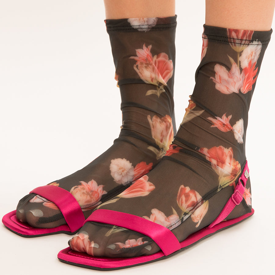 Darner Black Floral Bouquet Mesh Socks