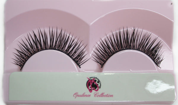 """Kitty"" Lashes - wig"
