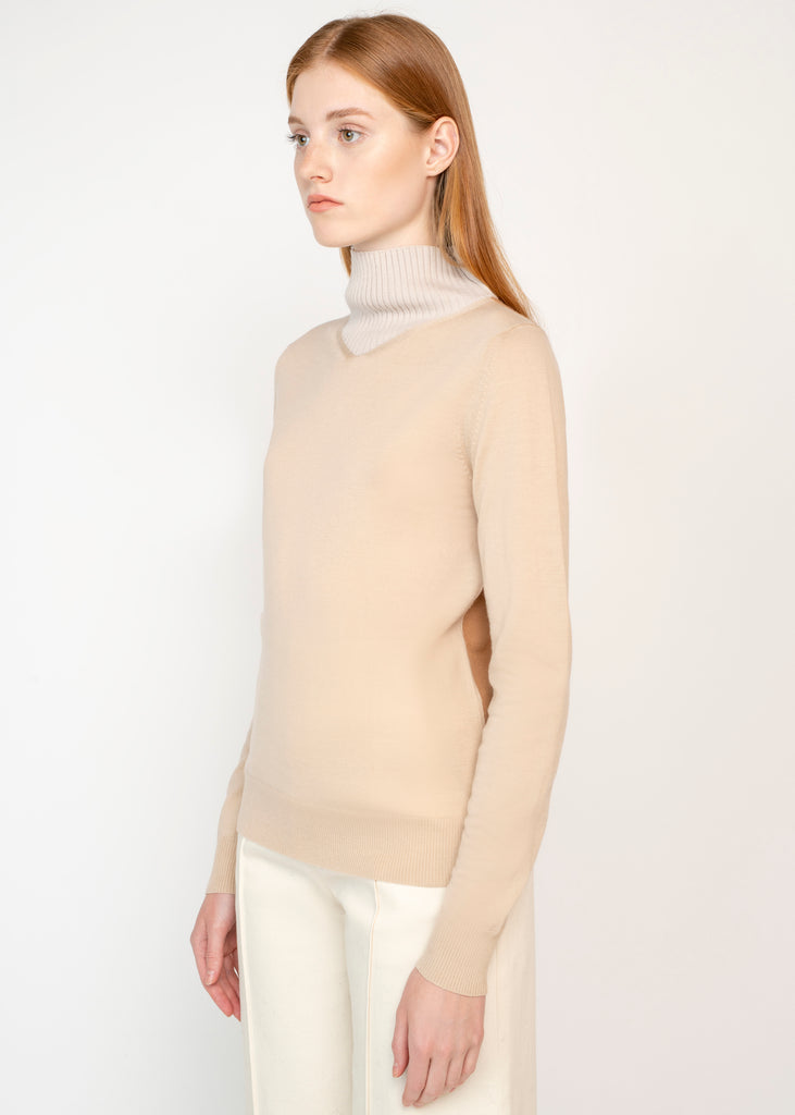 V-NECK TURTLENECK SWEATER