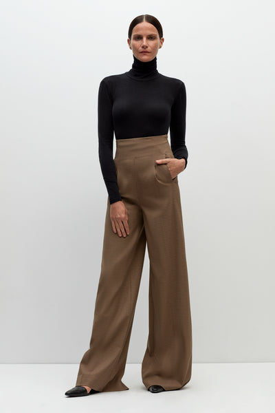 FITTED HIGH RISE TROUSER