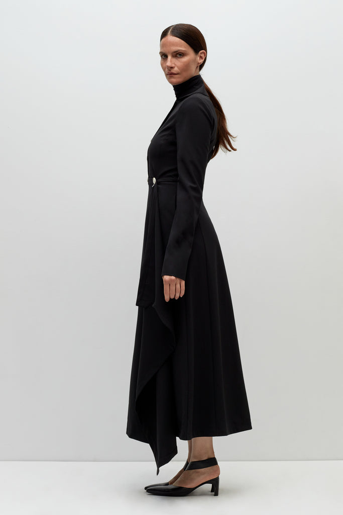 FITTED DRAPE PANEL COAT