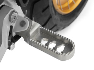 Wunderlich BMW R9T Lower Rider Footpeg - 2014-16 Model