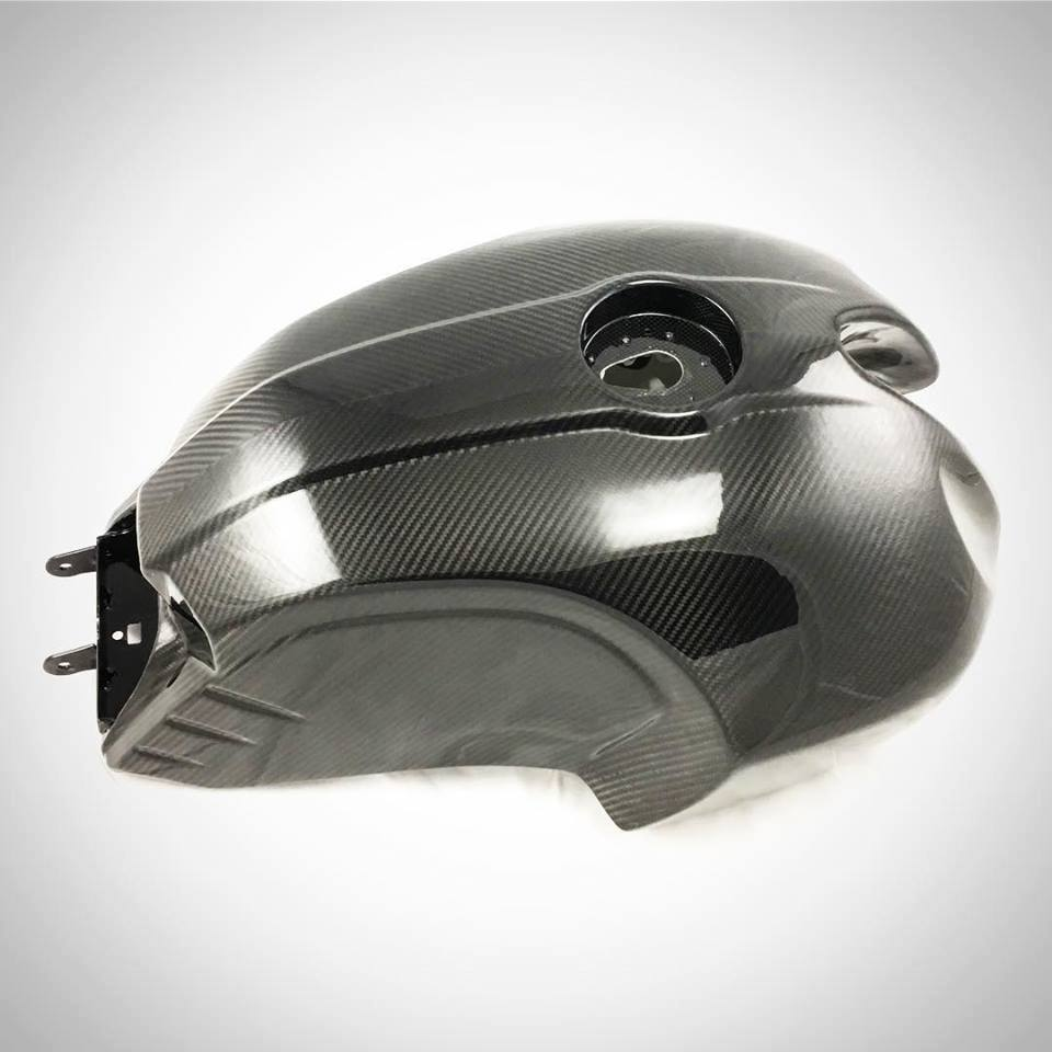 LuisMoto BMW R9T Extra Large Carbon Fuel Tank