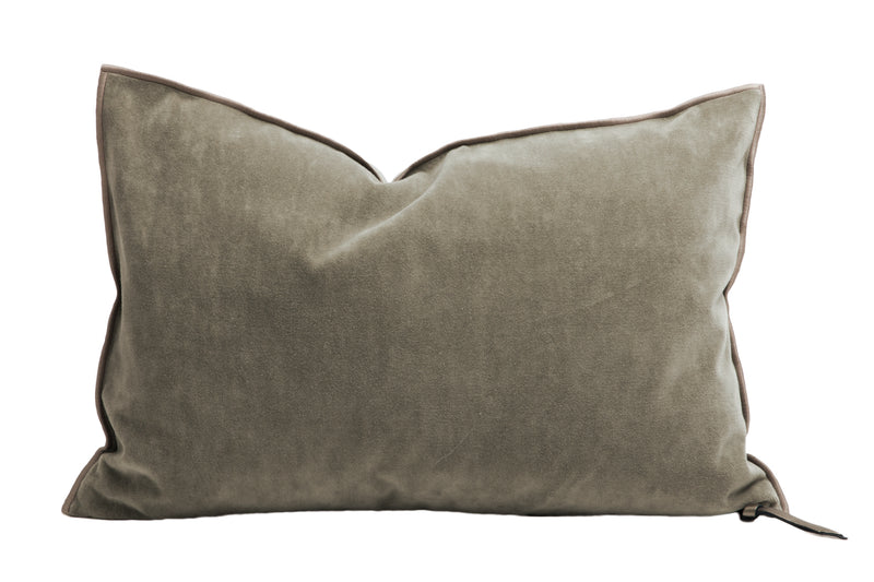 Cushion  - Vintage Velvet in Ecorce
