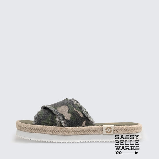 Camo Crisscross Sandals - Green