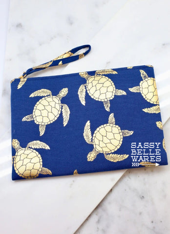 Turtle Wristlet - Navy and Gold