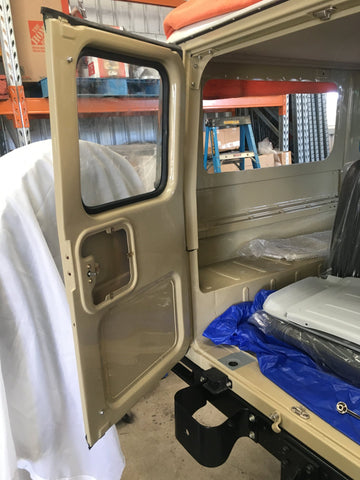 Ambulance Door Glass Seal Weatherstrip For Land Cruiser