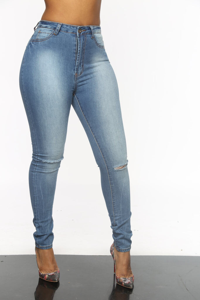 Betty Knee Hole Light Wash High Waist Jeans