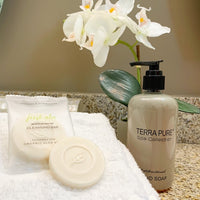 Fresh Aloe Antibacterial Cleansing Bars and Liquid Pump Bottles for Vacation Rentals and Hotels | GuestOutfitters.com