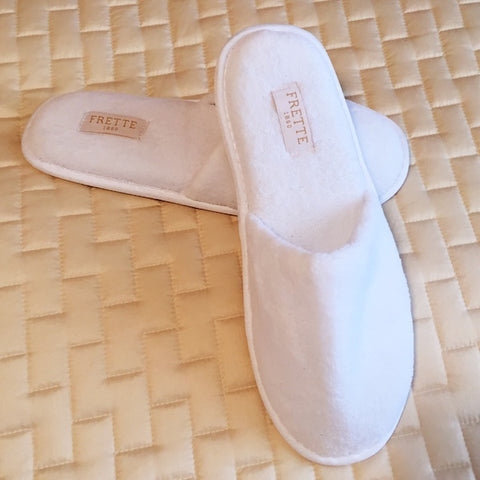 84af8a563dba3 Frette 1860 Luxury Disposable Hotel Slippers at GuestOutfitters.com