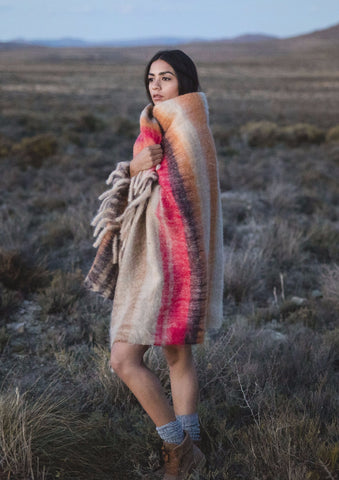 "Luxurious Hinterveld AFRICA BLANKET ""ITYHOLO"" Design. Genuine South Africa Mohair & Wool!"
