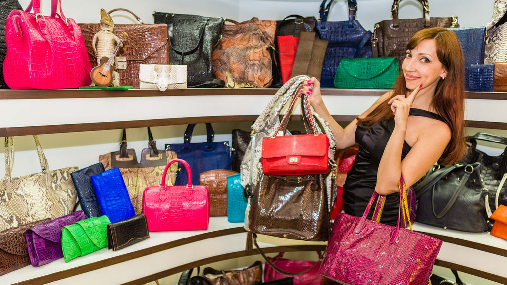 How to Recognize an Authentic Designer Handbag