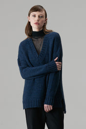 Alpaca Deep V - Standard Issue