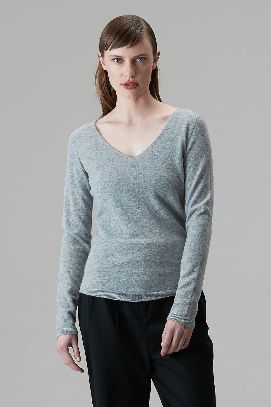 Cashmere Fitted Vee - Standard Issue