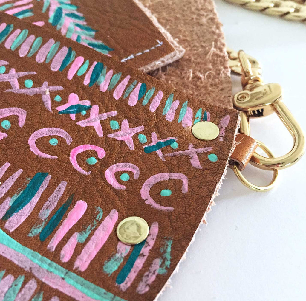 The Lilly Crossbody