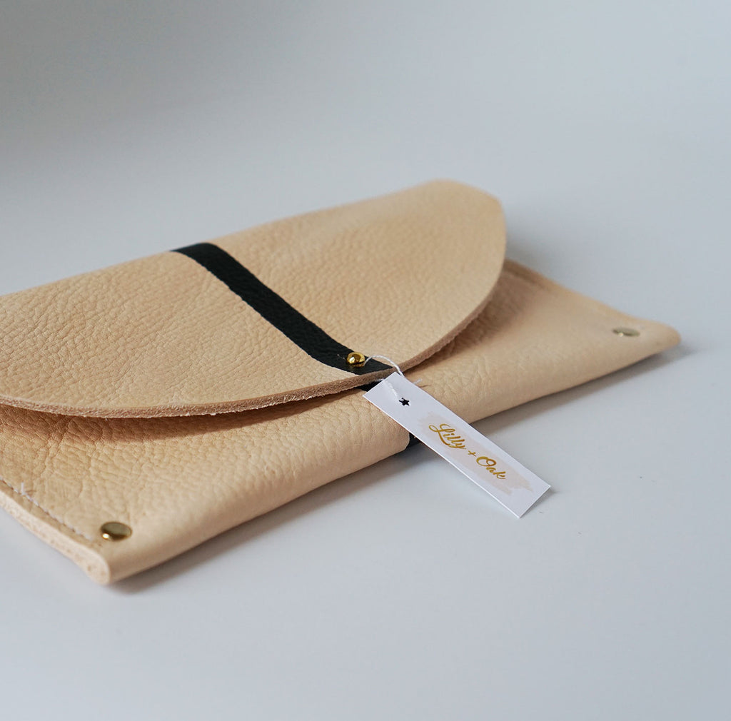 The Minimalist Julian Clutch