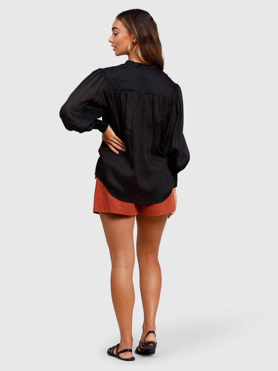 Staycation Blouse Black