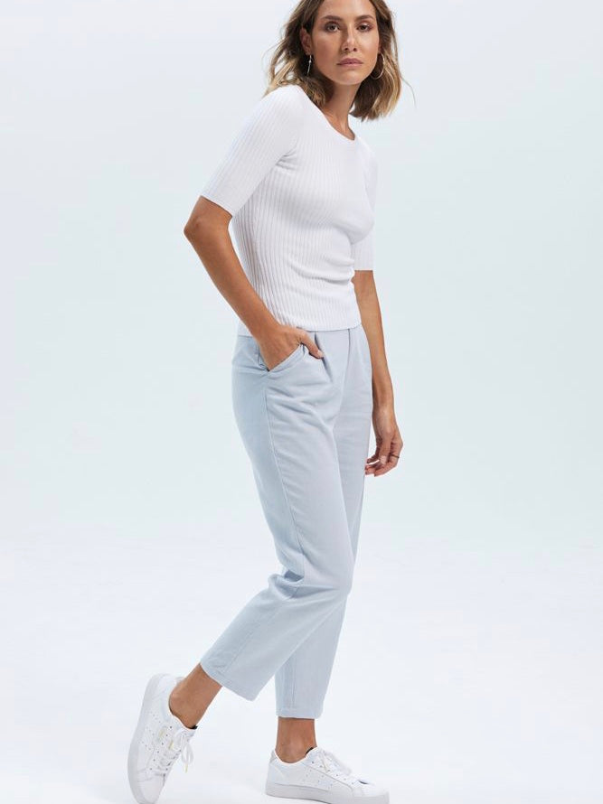 Formation Tapered Pant