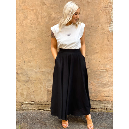 Agatha Linen Skirt Black