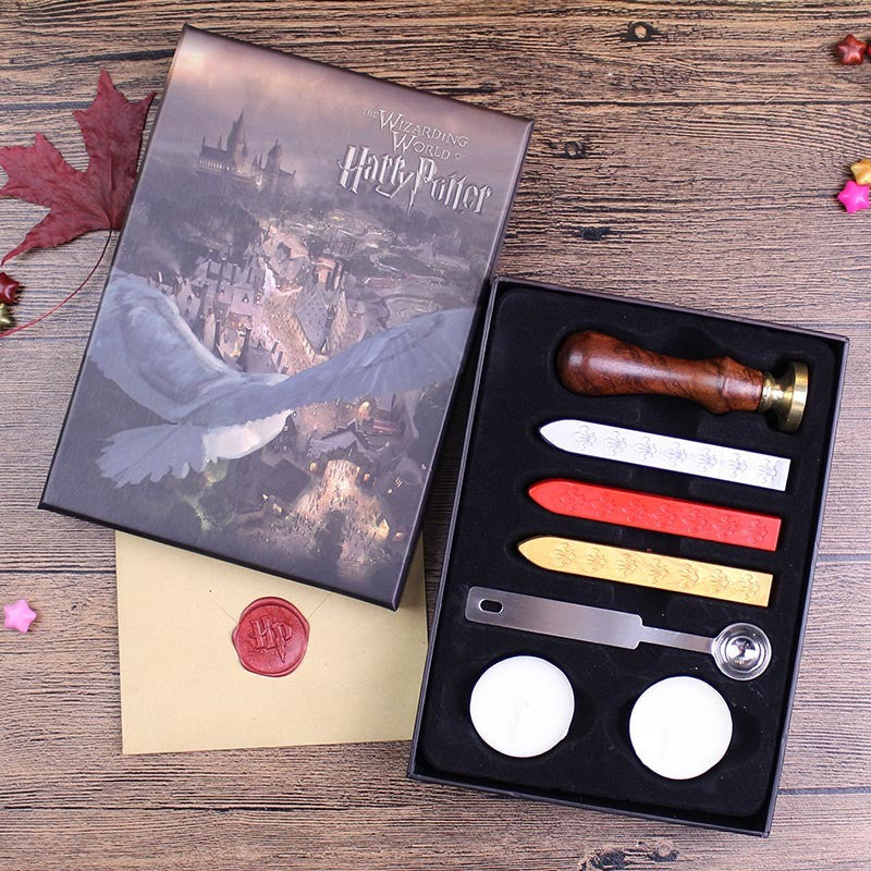 - Harry Potter Feather Pen With Hogwarts School Admission Letter, Authentic Seal Wax Stamp Set! - Favorite Memorabilia