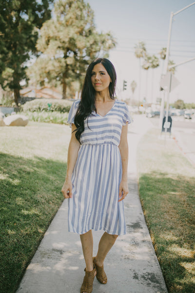 The Jaden Stripe Midi Dress - Blue