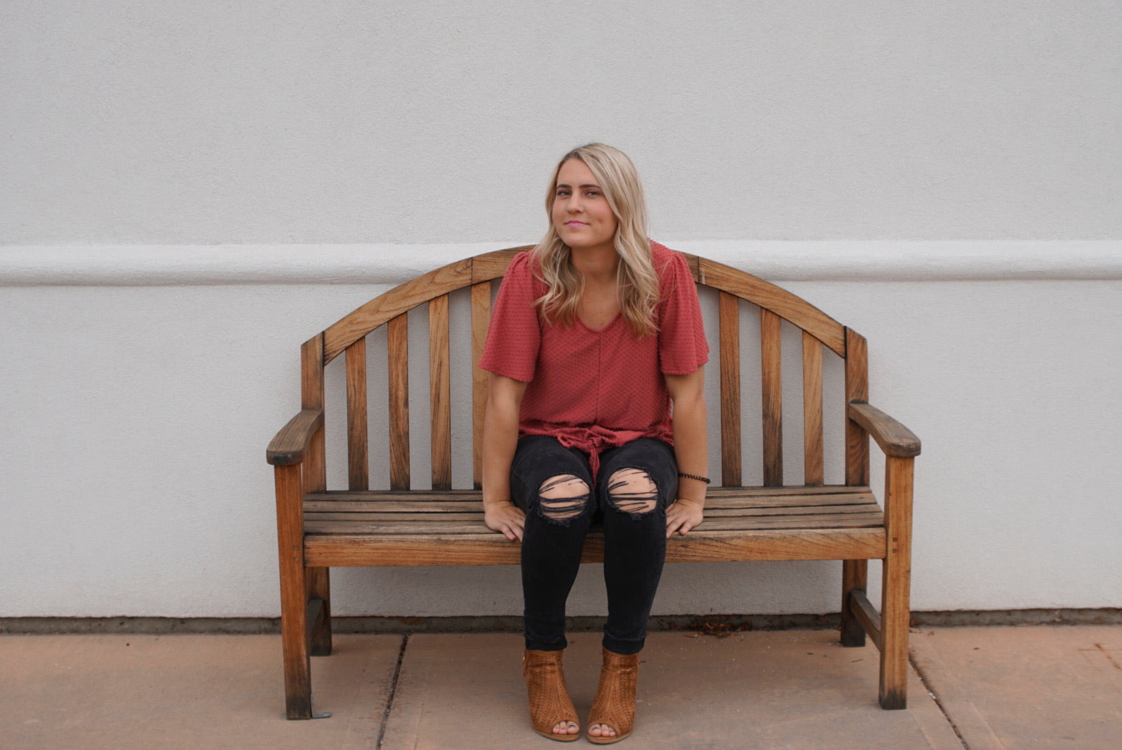 The Charlotte Shirt in Coral
