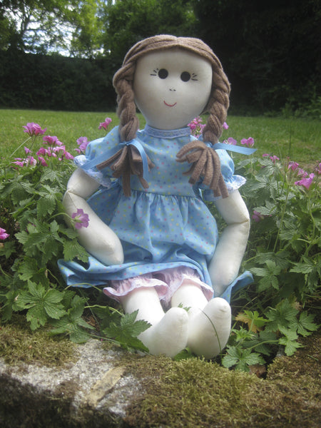 Lola - A Fun Hand Made Doll Pattern #102