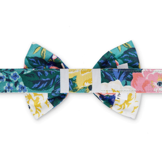 Bouquet Bow Tie Collar from The Foggy Dog