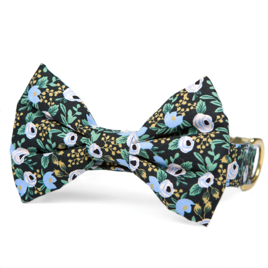 Periwinkle Posies Bow Tie Collar The Foggy Dog