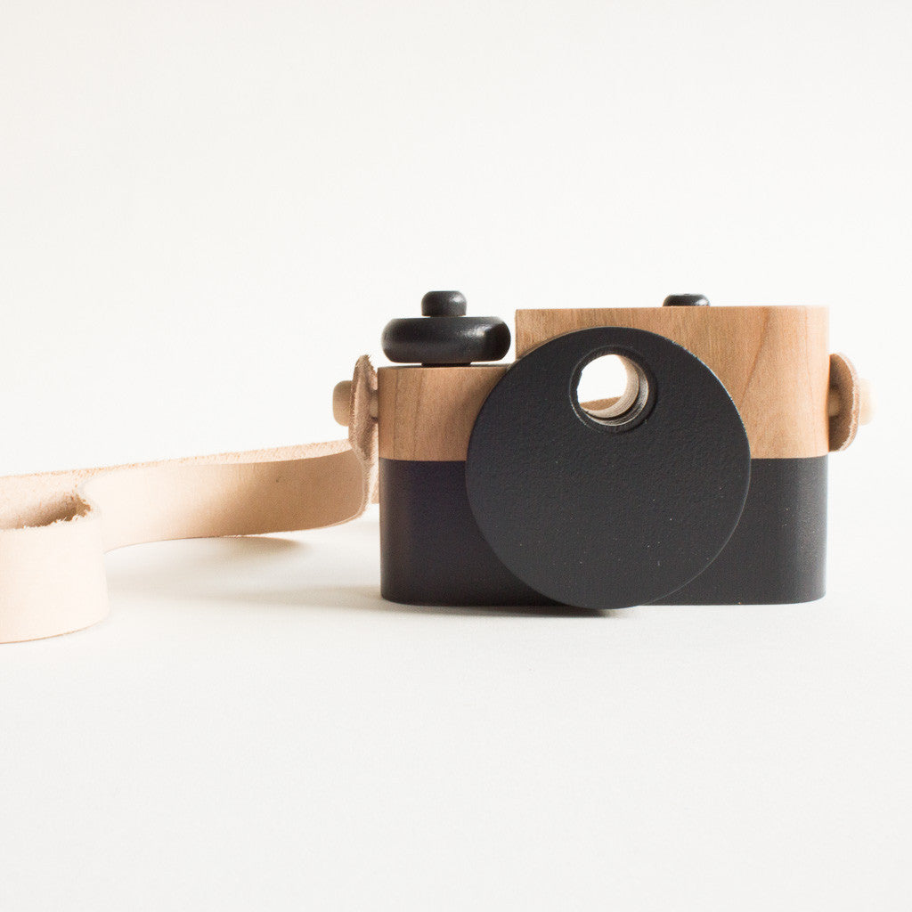 CLASSIC WOODEN CAMERA, BLACK - Lake Millie