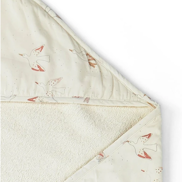 BIRDS OF A FEATHER HOODED TOWEL