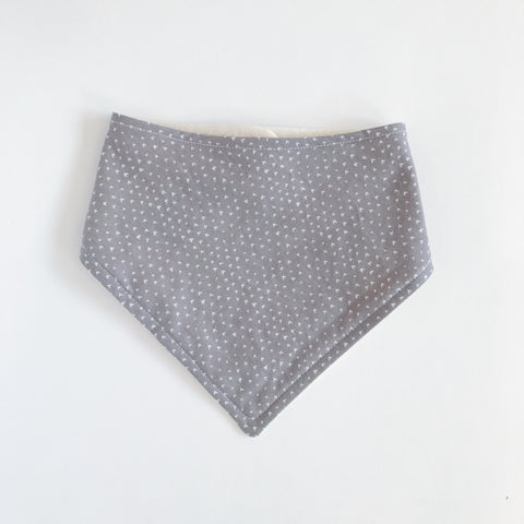 COTTON BANDANA BIB, GRAY & WHITE - Lake Millie