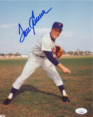 TOM SEAVER AUTOGRAPHED 8X10 PHOTO JSA AUTHENTICATED