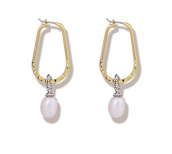 Luxe Essentials The Lily Earrings