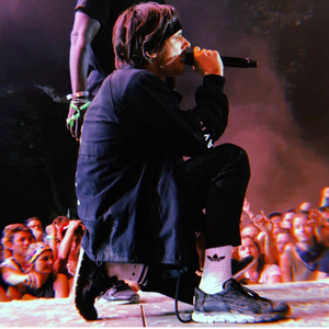Orelsan spotted wearing LE FLOW Sneakers