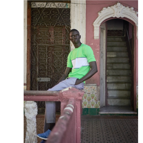 Fernando Cabral in LE FLOW Sneakers