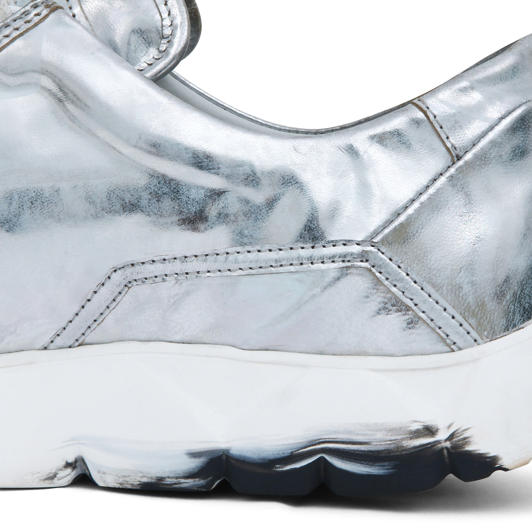 Low Designer Sneaker in Silver Calf Skin⎜LE FLOW Paris