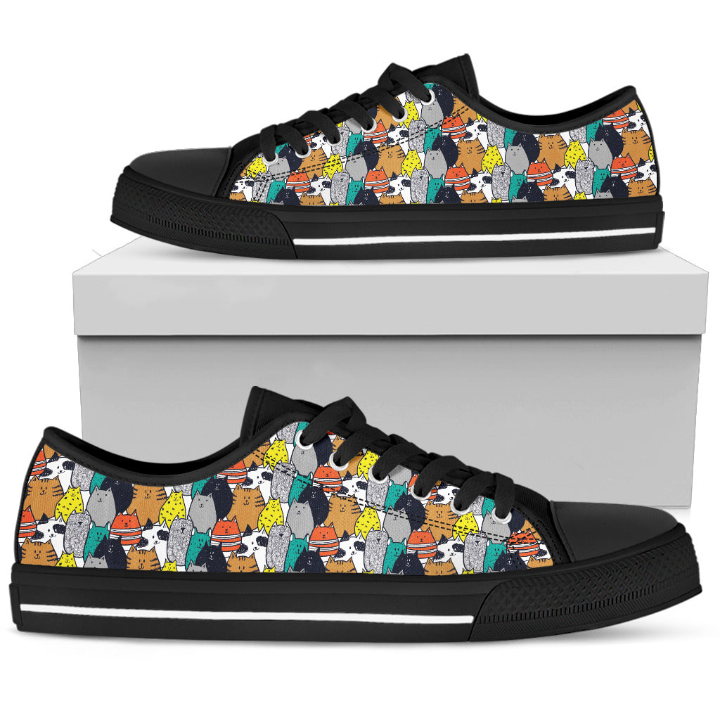 Dog Women's Low Top Shoe