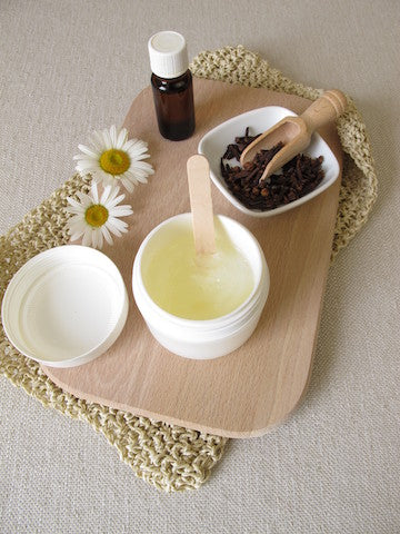 The Oil Cleansing Method: For Dry Skin