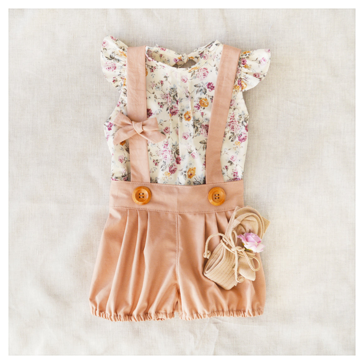 Pleated Suspender Shorts in Caramel